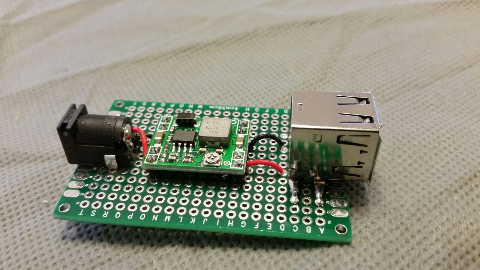 Electronics: Voltage Regulators-Build a USB Charger